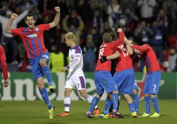 La joie des tchèques après leur victoire sur Moscou !
